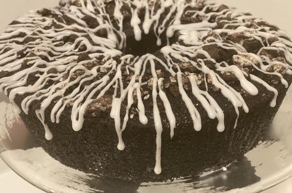 Chocolate Oreo Drip Cake