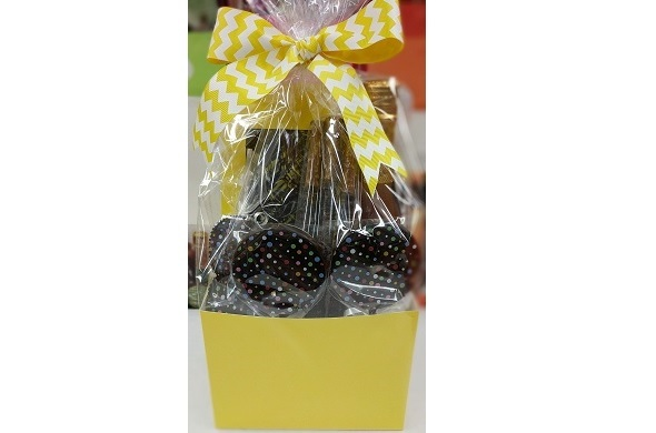 Artisan Chocolate Purim Package - Classic