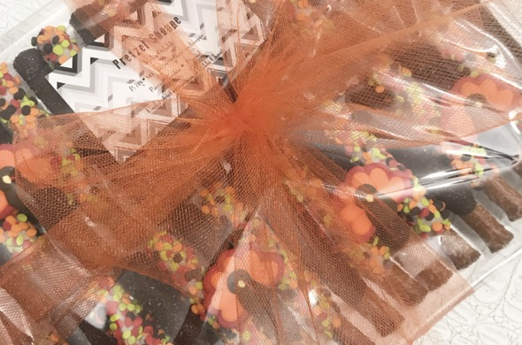 Thanksgiving Large gift platter (All Wrapped)