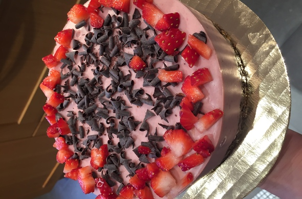 Strawberry Raw Cheesecake