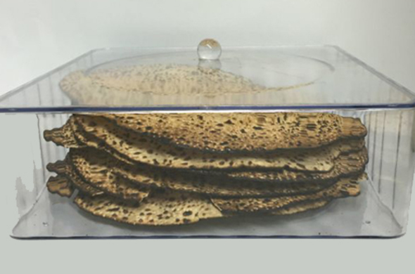 ROUND Lucite Matzah Box with Cover