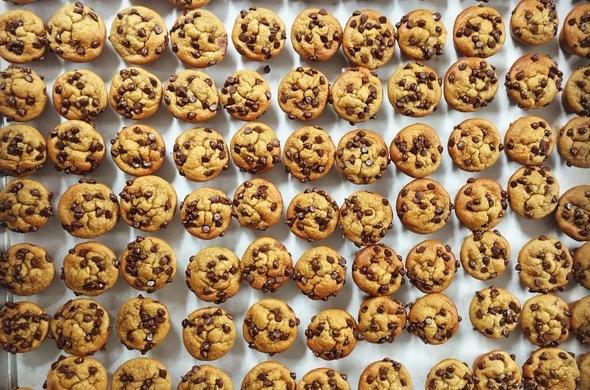 Mini Almond Butter Banana Muffins