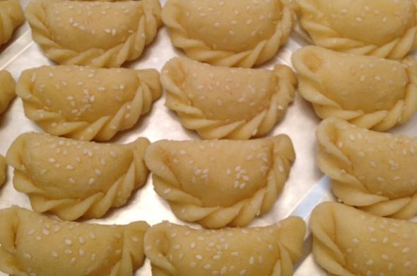 Homemade Sambousaks - Cheese