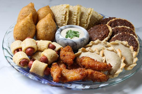 Gluten Free Mazza Platter (30 pcs)