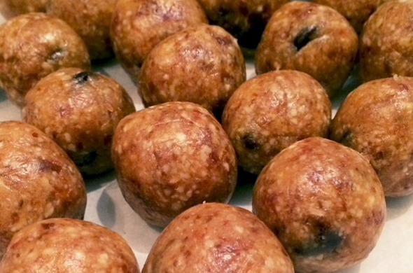 Date Balls  (cookie dough)