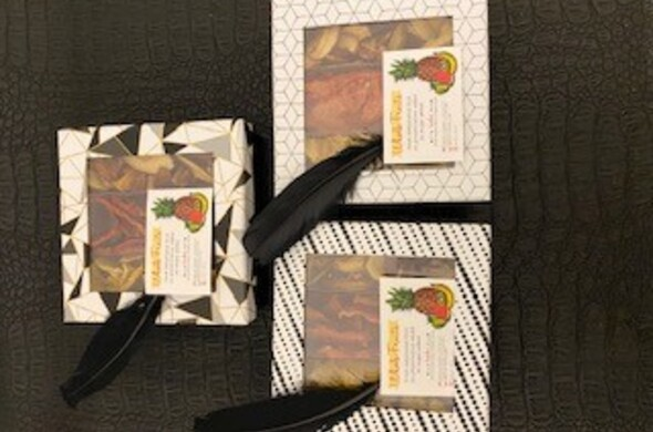 Geo-Print 3 Section Box w/ Dehydrated Fruit