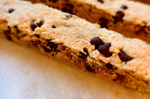 Cin Choc Chip Biscotti