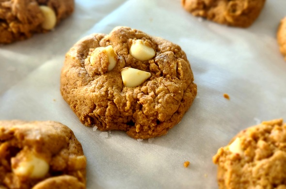 PB White Choc Chip Cookies