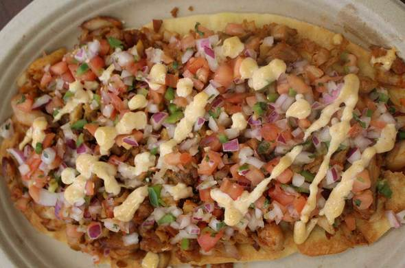 Pastrami & Onion Flatbread / Meatza