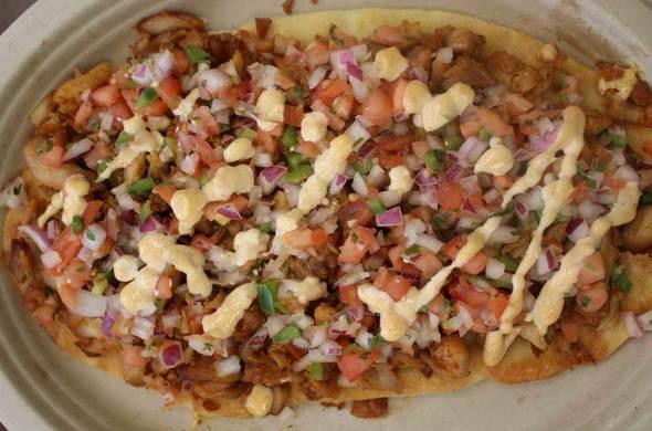 Chipotle Chicken Flatbread / Meatza